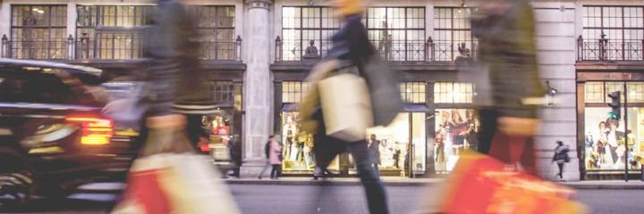 retail shopping crowd