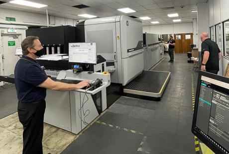 HP Digital Press at Thames Technology with operator